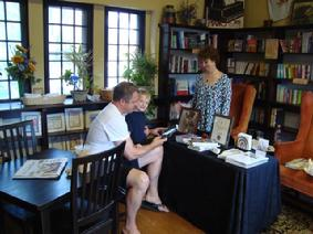 283_Book_Signing_Somethin_s_Brewin